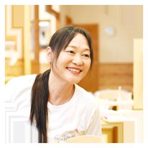 栗田三恵子